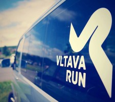 vltava_run_car1